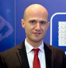 Dejan Karavelić
